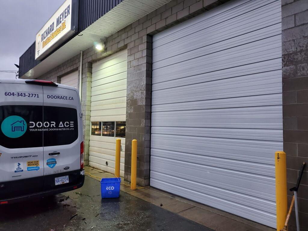 commercial warehouse garage door repair